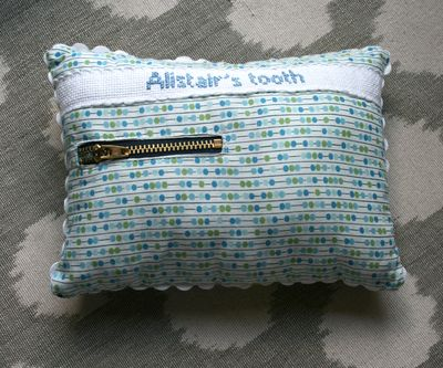 Boy tooth pillow back
