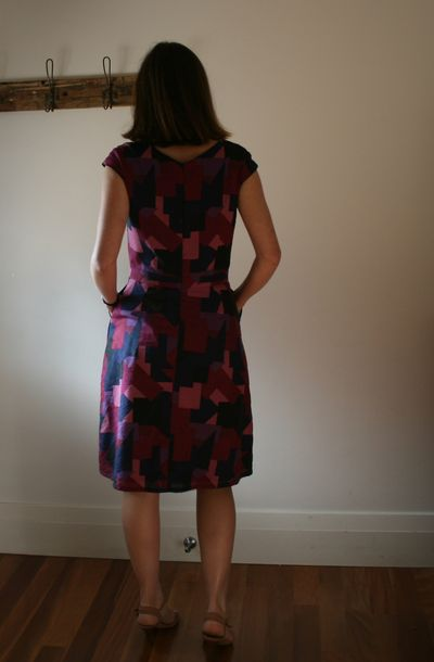 Cambie dress back