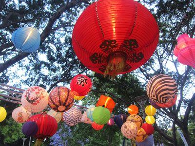 Noodle market lanterns2