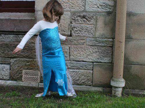 Elsa dress front